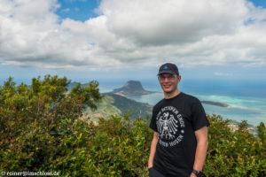 Auf dem höchsen Gipfel von Mauritius, dem Black River Peak (828 m)